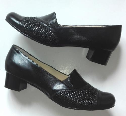 c49a128484932 FK 9847 Bardzo Wygodne w rejonie przedstopia / GUMA ELASTYCZNA / skóra  naturalna różne kolory / różne tęgości butów/ różne wysokości obcasów /  rozmiar 41-45